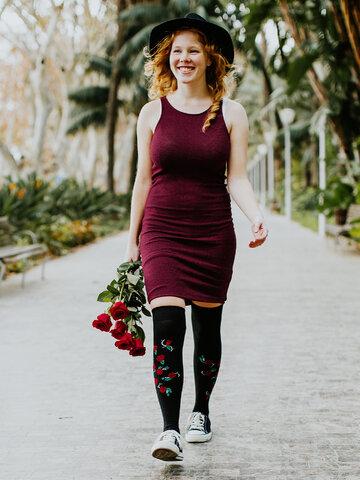Foto Șosete peste Genunchi Vesele Trandafiri Sălbatici