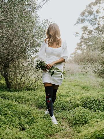 Potešte sa týmto kúskom Dedoles Over the Knee Socks Ladybugs & Poppy Flowers