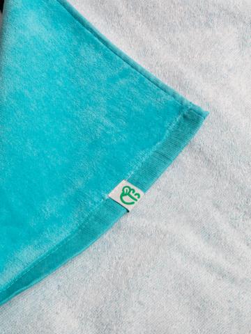 Potěšte se tímto kouskem Dedoles Veselý plážový ručník Panda na dovolené