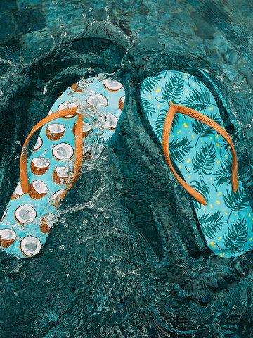 Foto Lustige Flip-Flops Kokosnuss