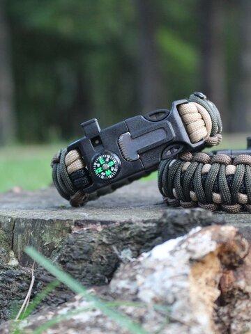 Ausverkauf Paracord Survival Armband mit Feuerschläger, Kompass und Pfeife