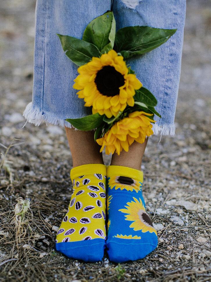 Potěšte se tímto kouskem Dedoles Veselé kotníkové ponožky Slunečnice