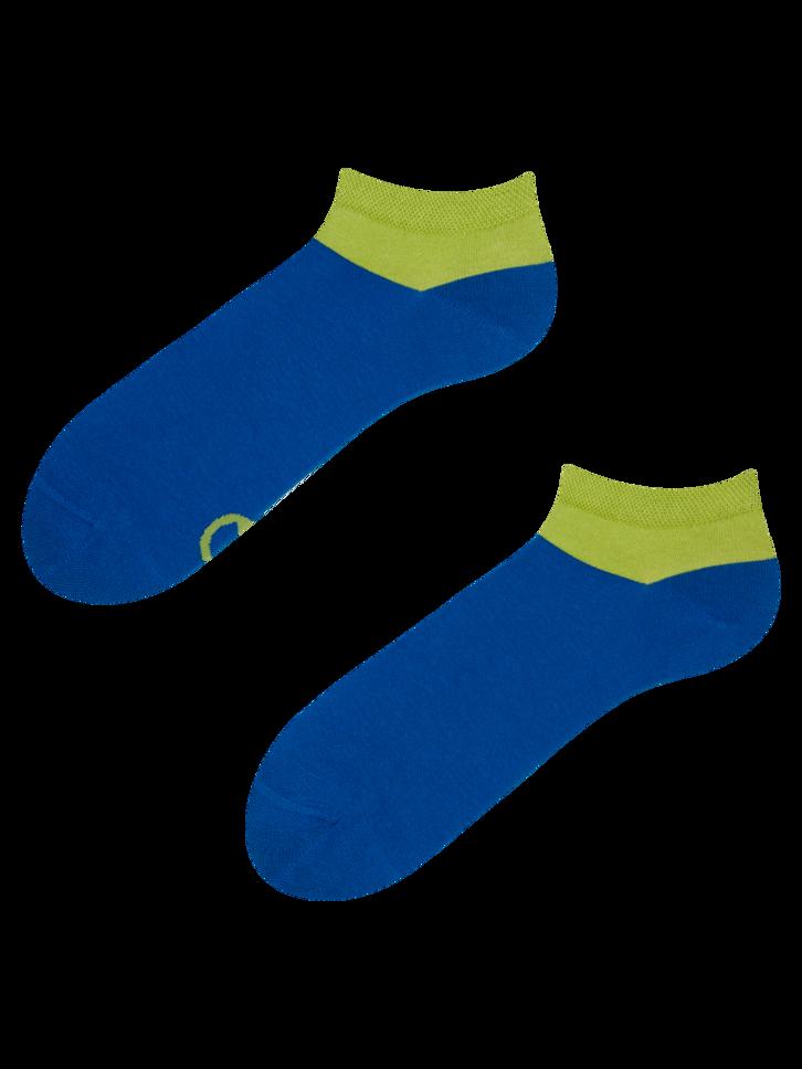 Hľadáte originálny a nezvyčajný darček? Obdarovaného zaručene prekvapí Modro-zelené členkové ponožky Symfónia