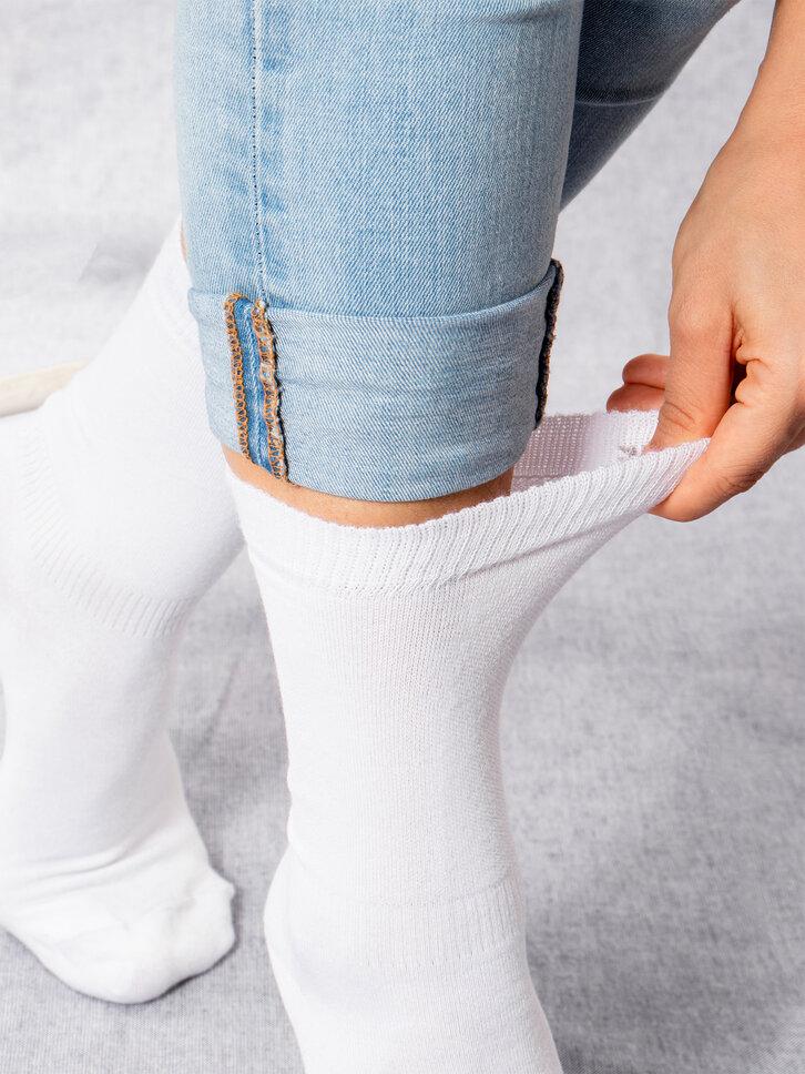 Szerezzen magának örömet ezzel a Dedoles darabbal Fehér bambusz zokni Komfort
