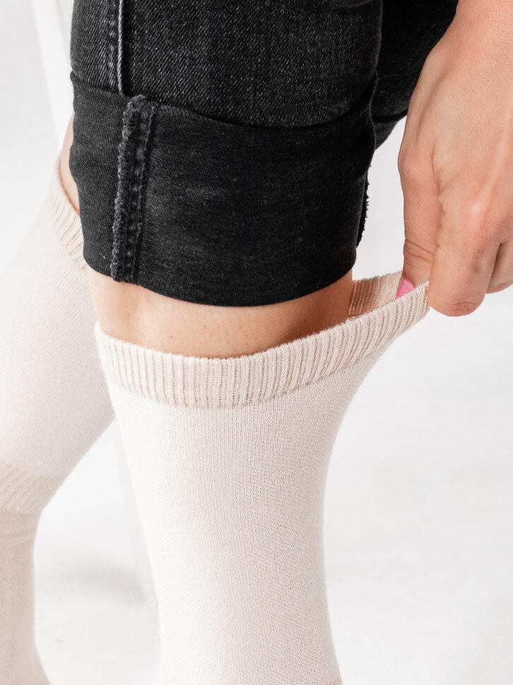 a tökéletes és egyedi ruházathoz Testszínű bambusz zokni Komfort