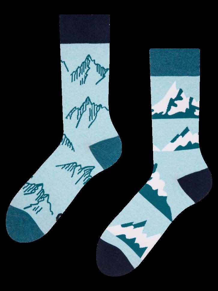 Potešte sa týmto kúskom Dedoles Veselé ponožky z recyklovanej bavlny Zasnežené kopce