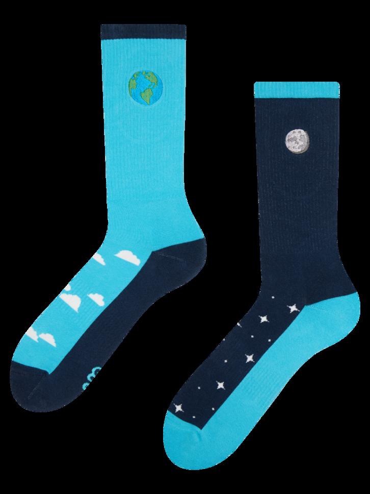 pro dokonalý a originální outfit Veselé sportovní ponožky Den a noc