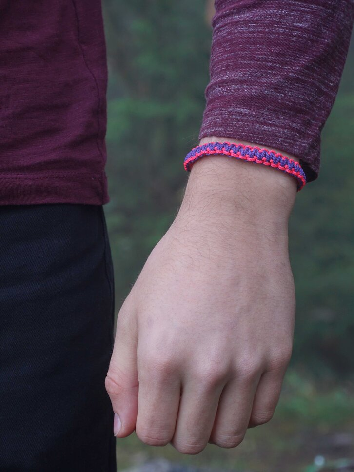 Ausverkauf Violett-rosa Microcord Armband King Cobra