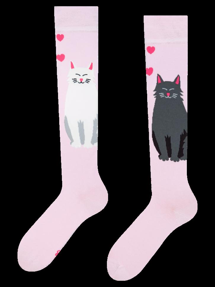 Eredeti és szokatlan ajándékot keres? a megajándékozottat garantáltan meglepi Vidám térdzokni Fekete és fehér macska