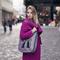 Lifestyle-Foto Schulter Handtasche City - Kaschmir