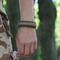 Pre dokonalý a originálny outfit Bracelet en paracorde Multicam Digi avec couteau, allume-feu, boussole et sifflet