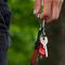 Lifestyle foto Porte-clés en paracorde rouge Bead
