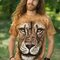 Lifestyle foto Lion Warrior Adult
