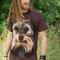 Suchen Sie ein originelles und außergewöhliches Geschenk? überrascht den Beschenkten sicher T-Shirt Yorkshire Terrier Gesicht