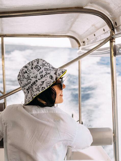 Bucket Hat Miklosko & Dedoles (1)